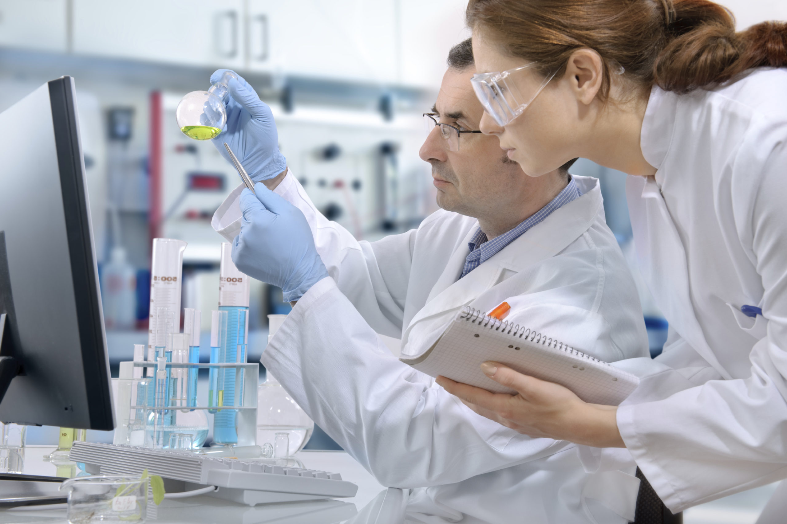 Why 3rd party pharma manufacturing is best for pharma business?